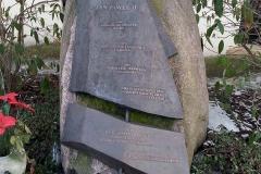 Pomnik Jana Pawła II w Poznaniu na Junikowie